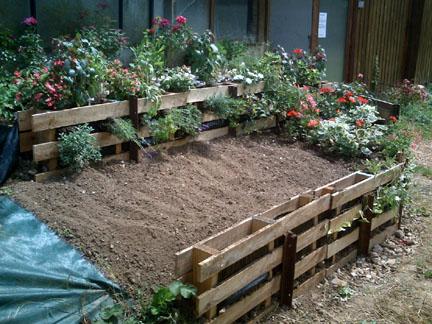 Amenager un talus dans son jardin meilleures id es cr atives pour la conception de la maison for Amenager son jardin avec des vivaces